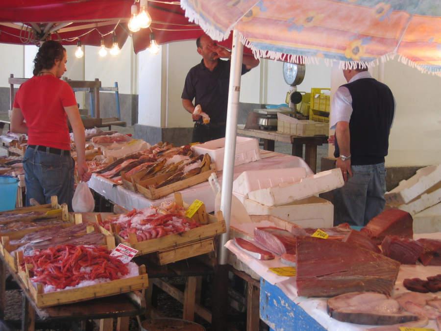 Mercado de pescados en Trapani