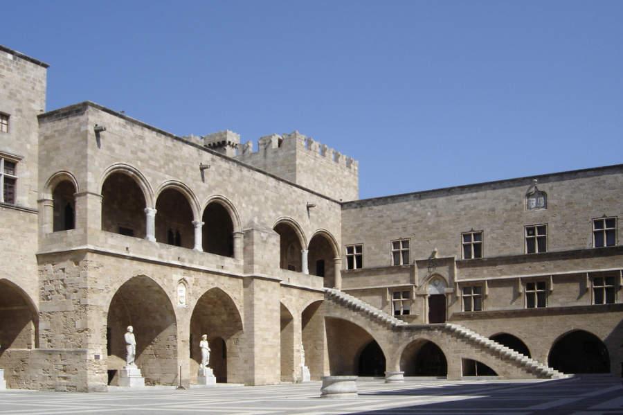 Interior del Palacio del Gran Maestre de Rodas