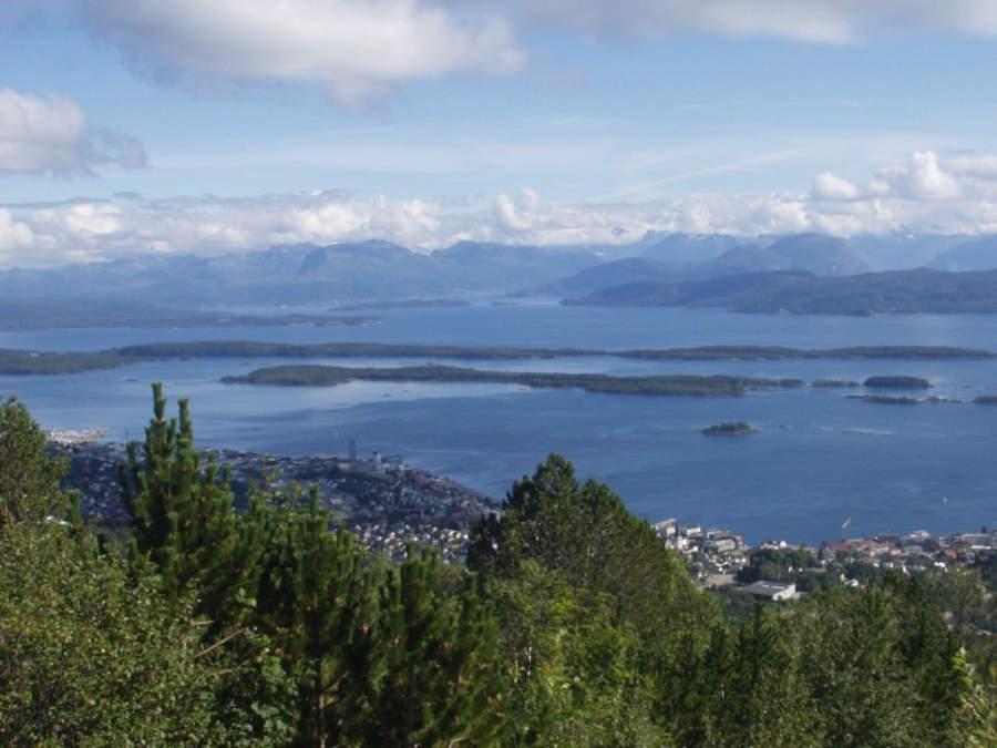 Ciudad costera de Molde