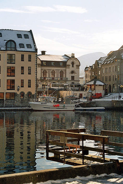 Puerto en Ålesund