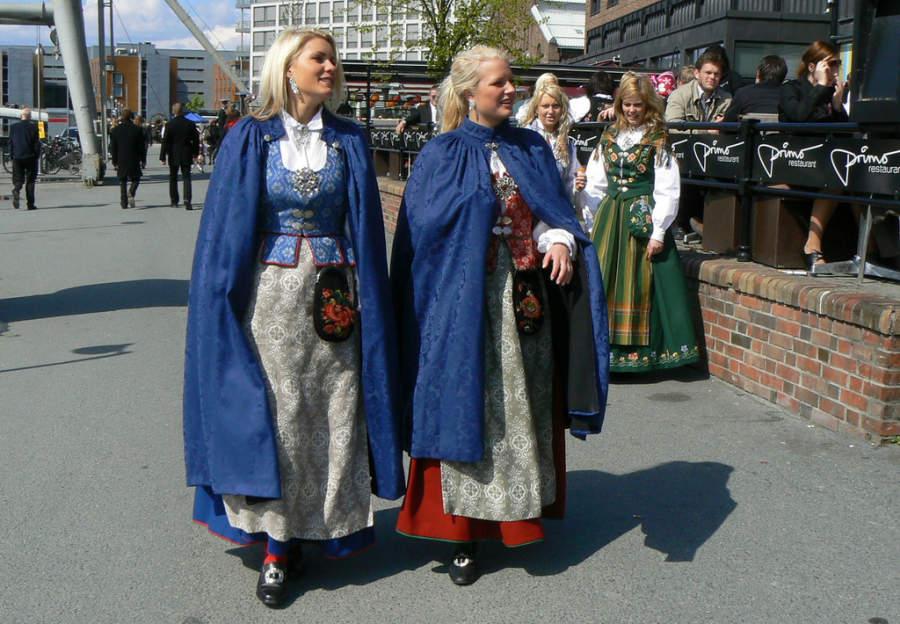 Vestimenta tradicional para un evento en Trondheim