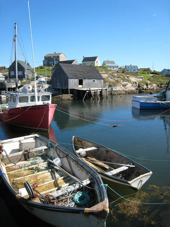 Pequeñas embarcaciones en Halifax