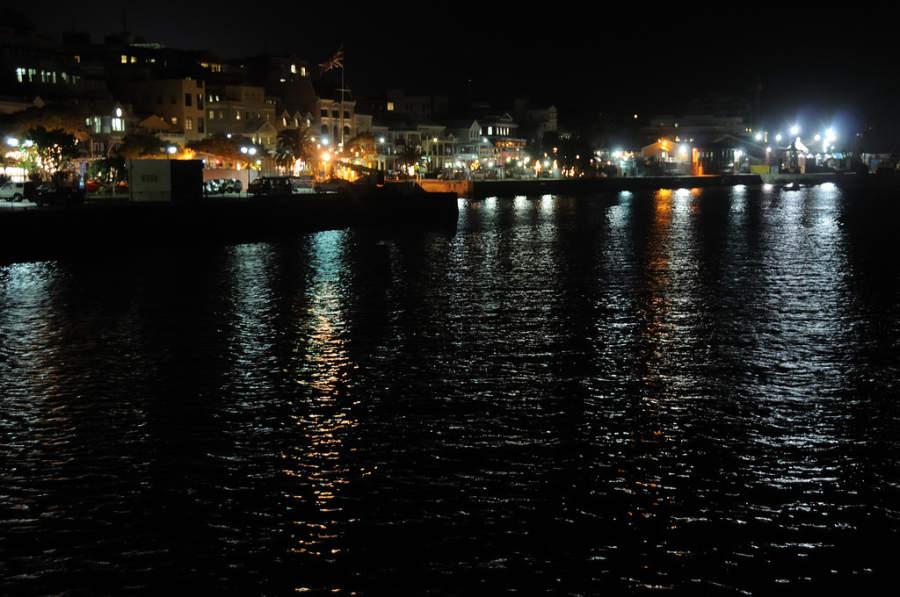 Puerto de Hamilton de noche