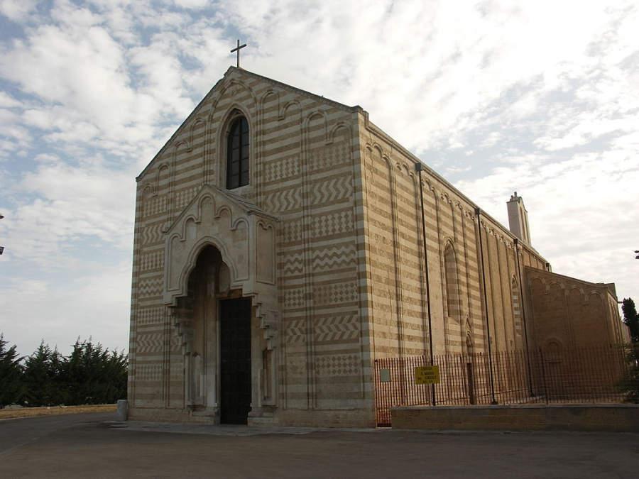 Chiesa di Santa Maria del Casale (Iglesia de Santa María del Casale)