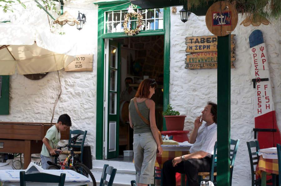 Restaurante en el centro de Hidra