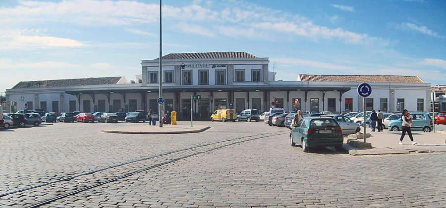 Estación de ferrocarriles en Granada
