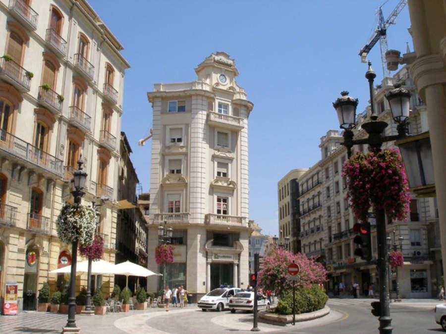 Puerta Real de Granada