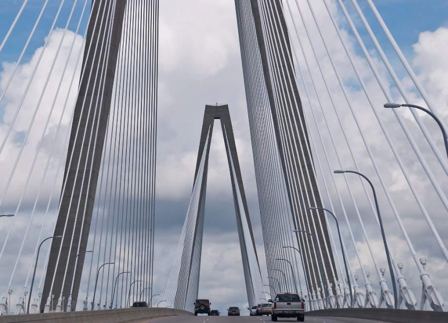 Maravíllate con el puente Arthur Ravenel Jr. en Charleston
