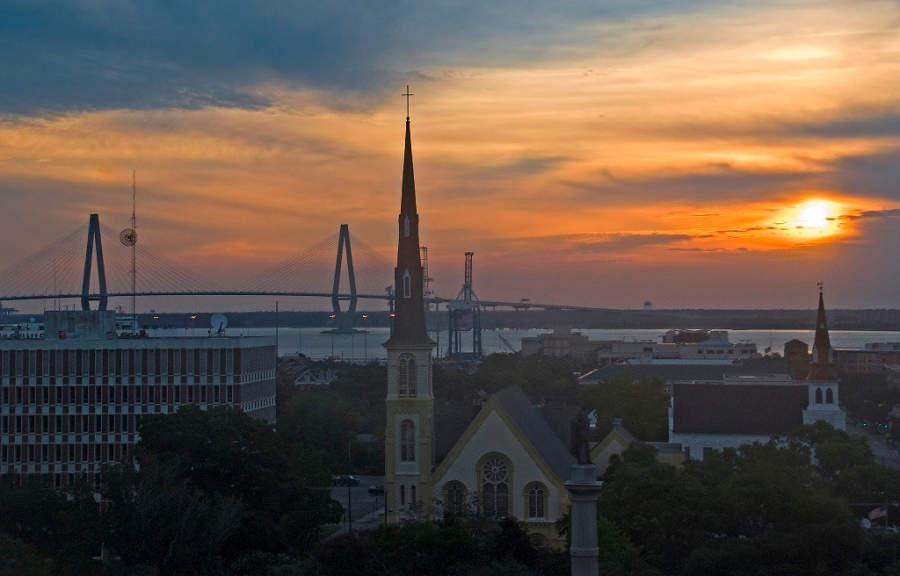 Atardecer en la ciudad de Charleston, Carolina del Sur