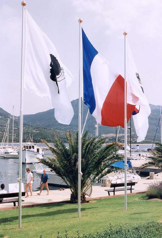 Propriano se ubica en la isla de Córcega
