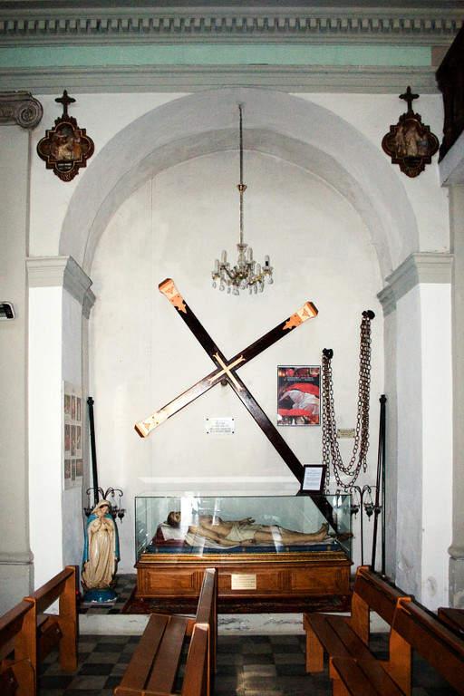 Interior de la iglesia de Propriano