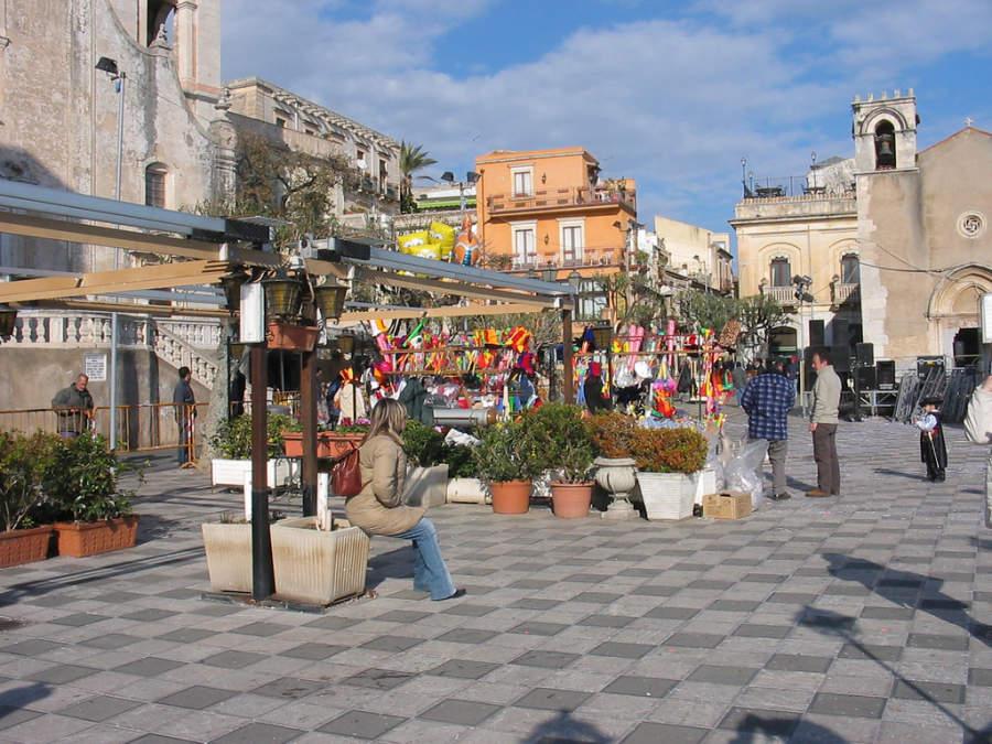 Plaza en Taormina