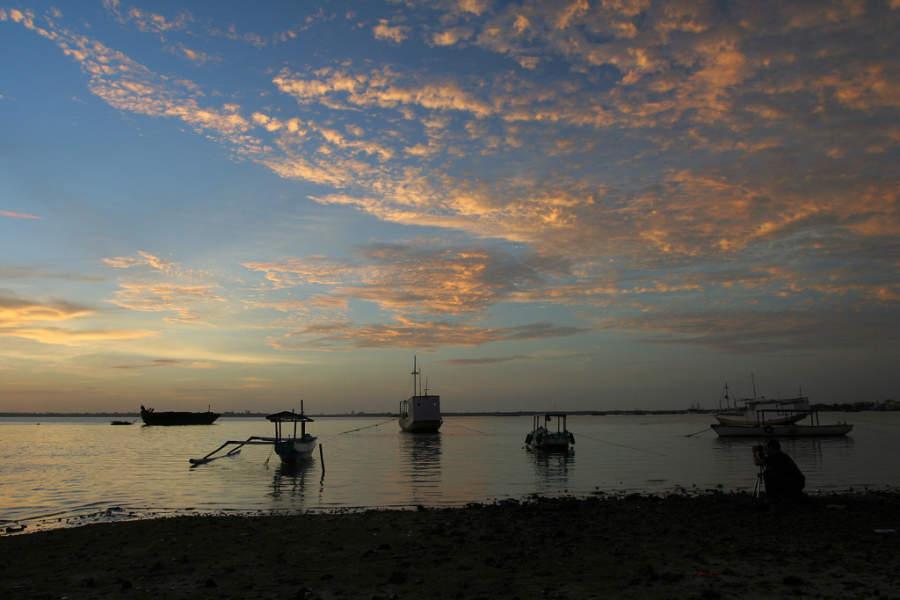 Atardecer en una playa de Benoa