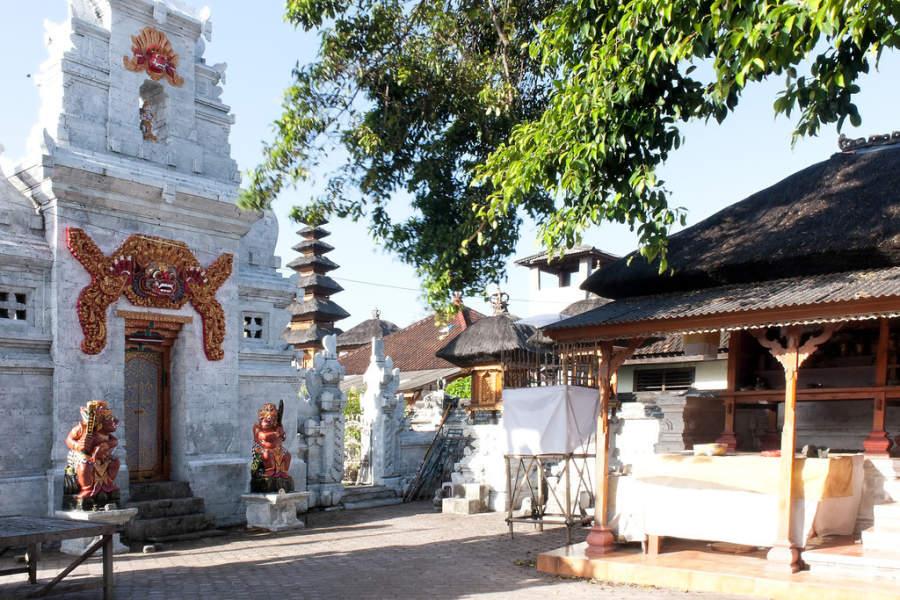 Templo en Benoa
