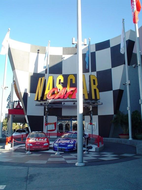 Restaurante NASCAR Café, Universal
