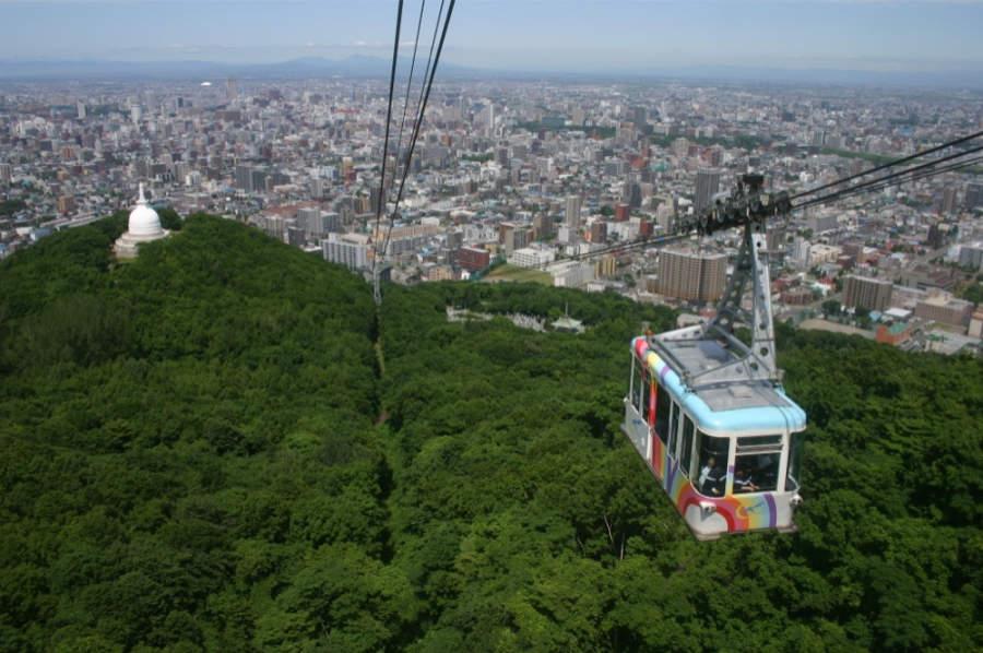El Teleférico Moiwa ofrece vistas panorámicas de Sapporo