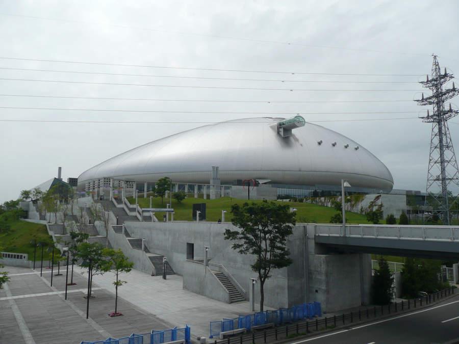 Sapporo Dome, estadio utilizado para béisbol y futbol