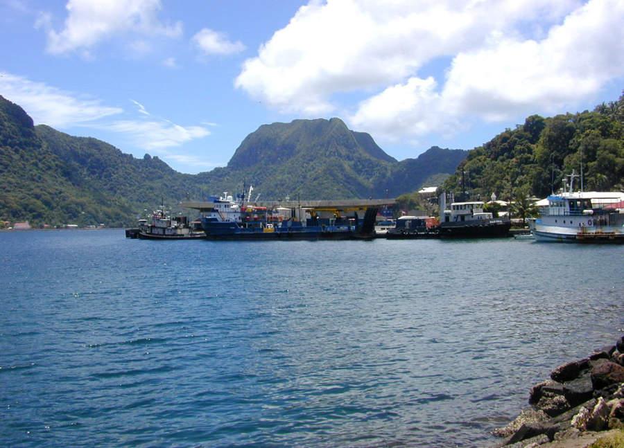 Barcos en el puerto de Pago Pago