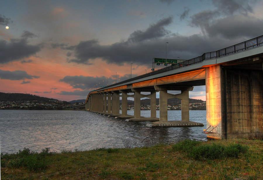 Tasman Bridge, puente sobre el río Derwent