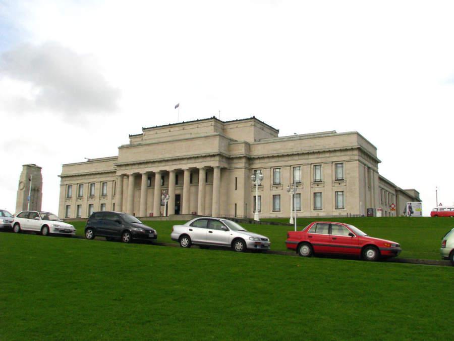 Auckland War Memorial Museum, importante museo con historia de Nueva Zelanda