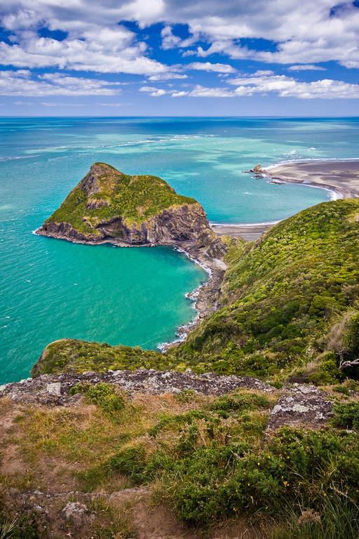 Rangitoto Island, ícono de la ciudad de Auckland ubicada a 10 kilómetros de distancia