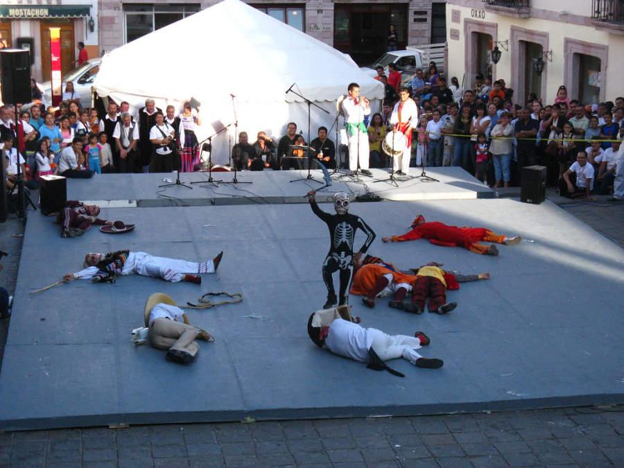 Presencia las festividades tradicionales zacatecanas