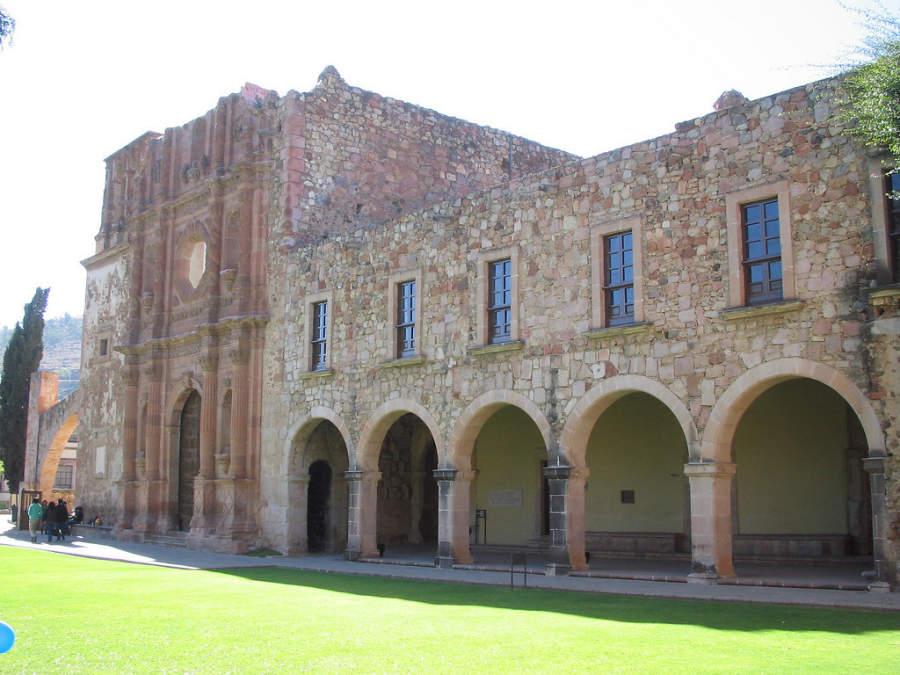 El Museo Rafael Coronel en Zacatecas ocupa el Ex Convento de San Francisco