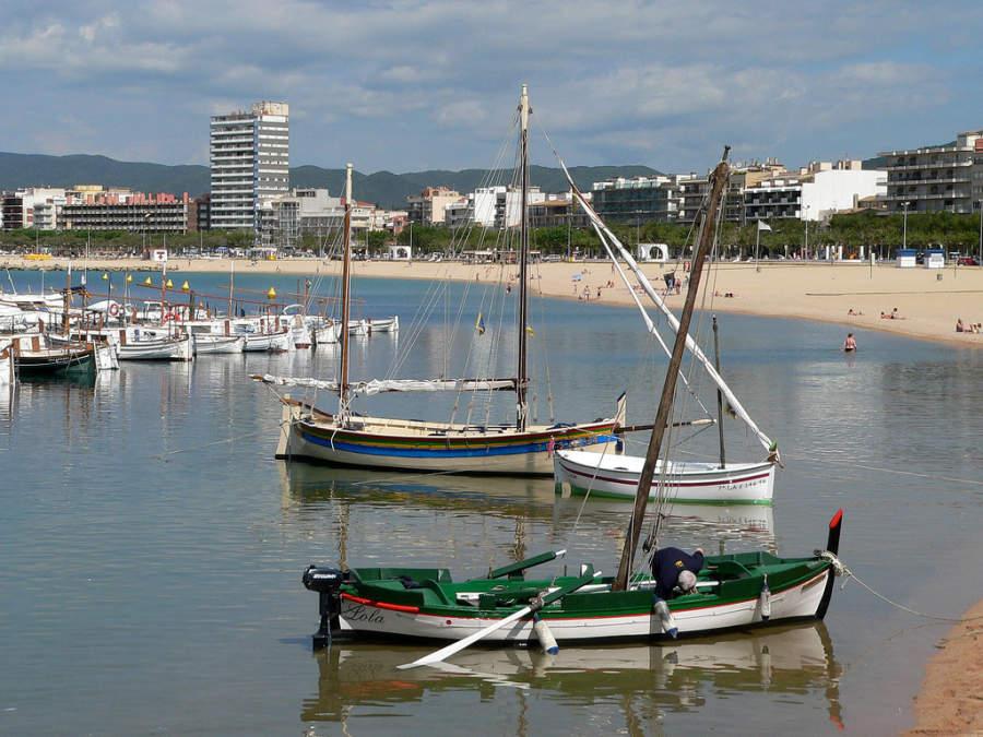 Palamós es también un importante puerto comercial