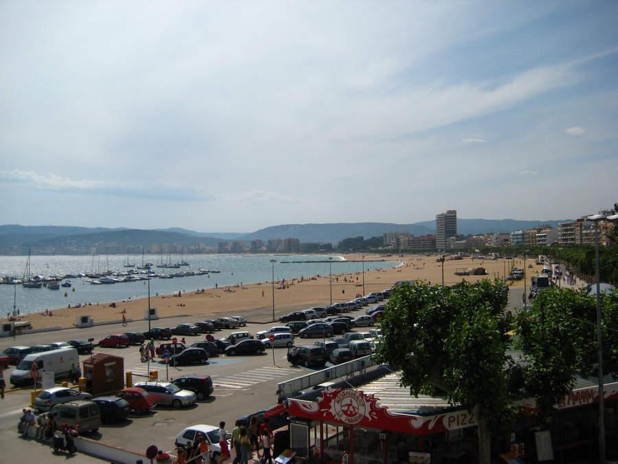 Vista panorámica del puerto de Palamós