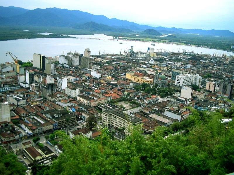 Santos es uno de los principales puertos de América Latina