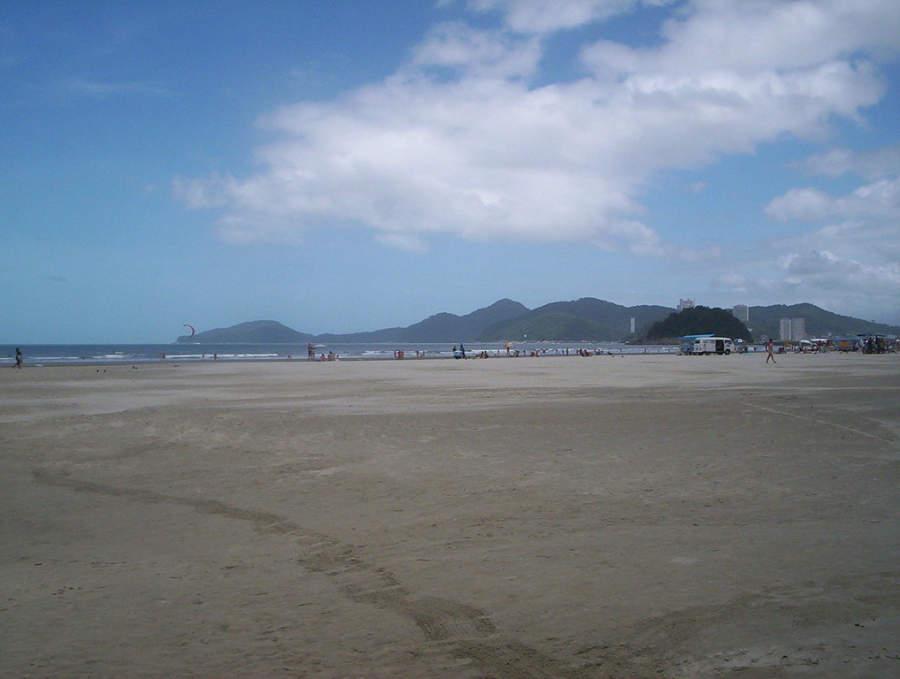 Amplia playa de Santos