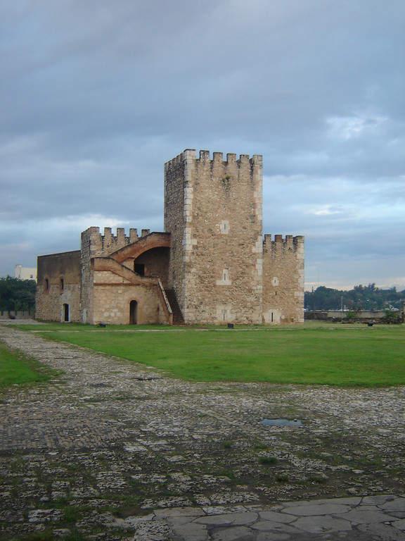 Fortaleza Ozama, la fortaleza más antigua en América