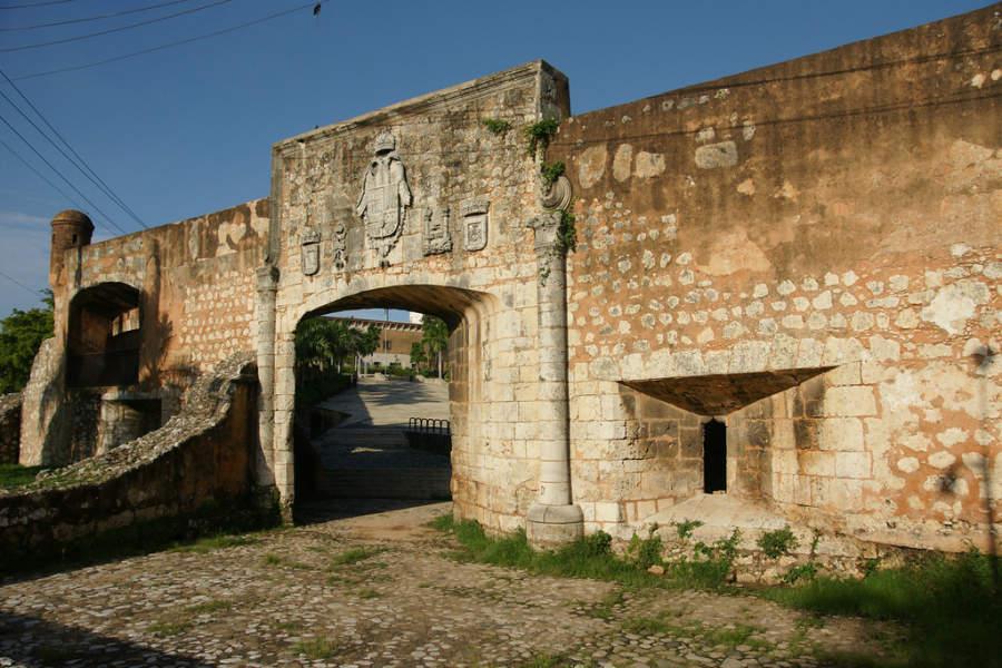 Muros de la Zona Colonial en Santo Domingo