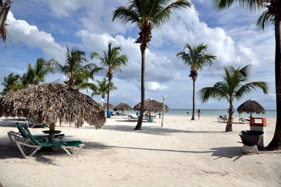 Playa Bocachica de Santo Domingo