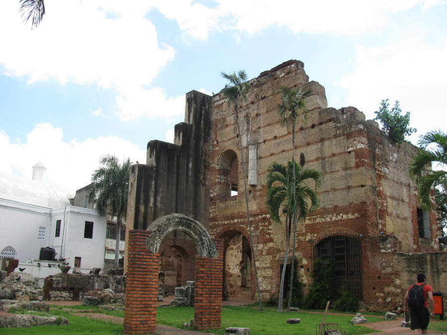 Hospital San Nicolás de Bari en la Zona Colonial