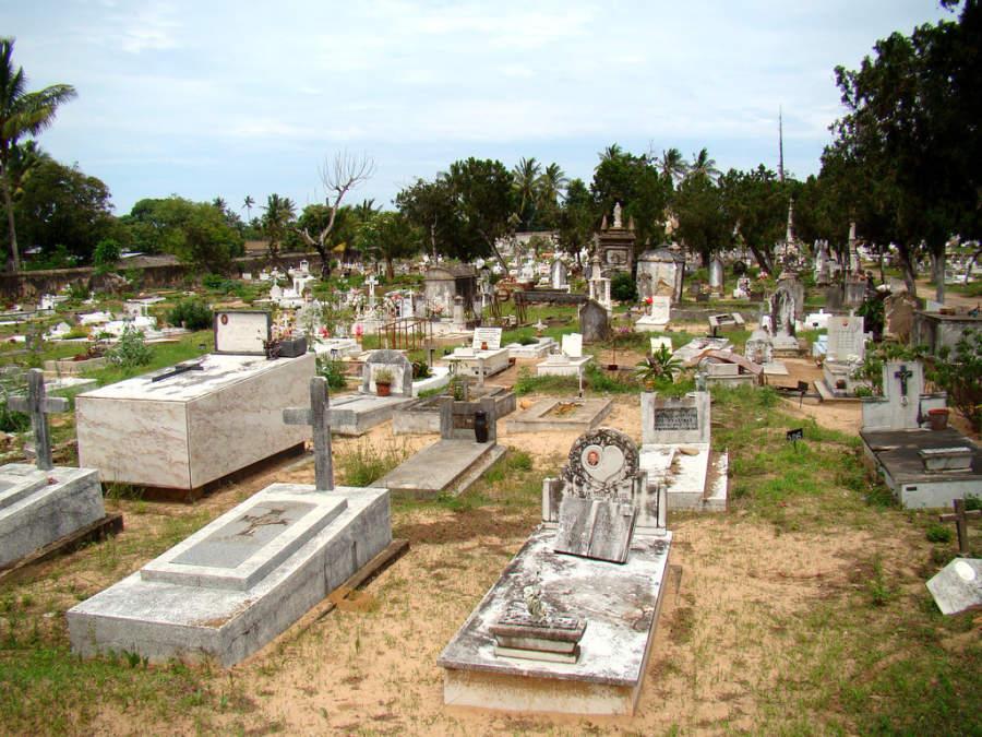 El antiguo cementerio portugués en Inhambane
