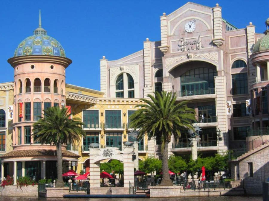Canal Walk Mall, centro comercial