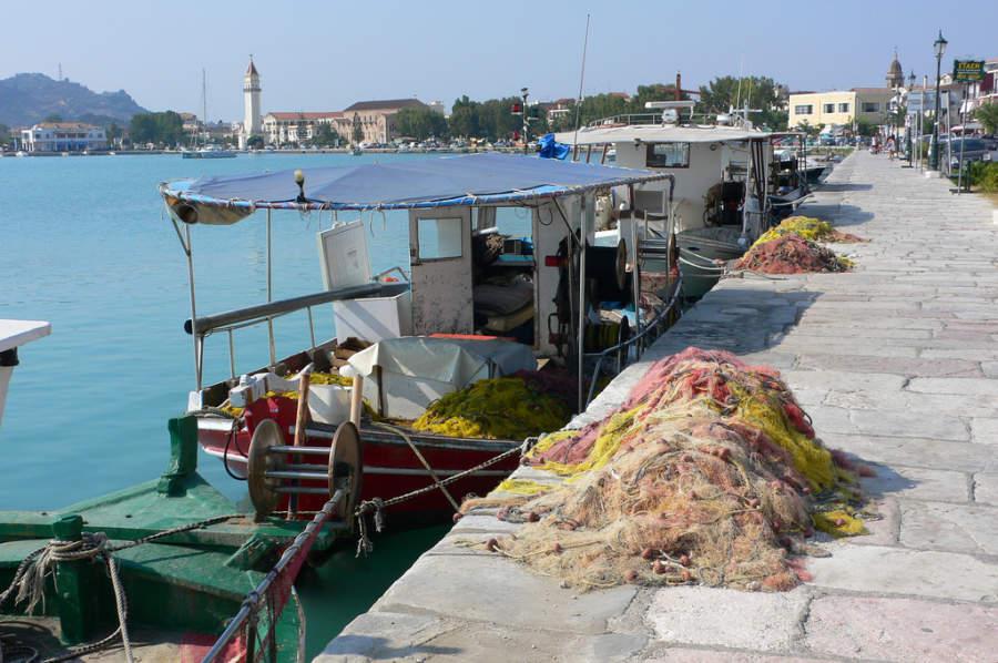Barcos pesqueros en Zante
