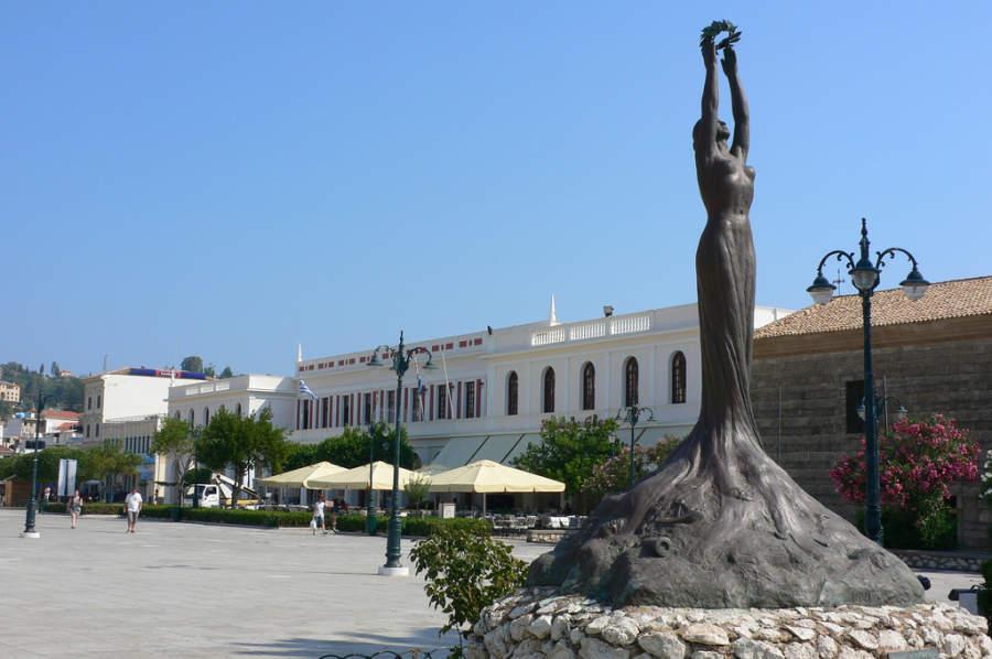 Estatua de la Libertad en Zante