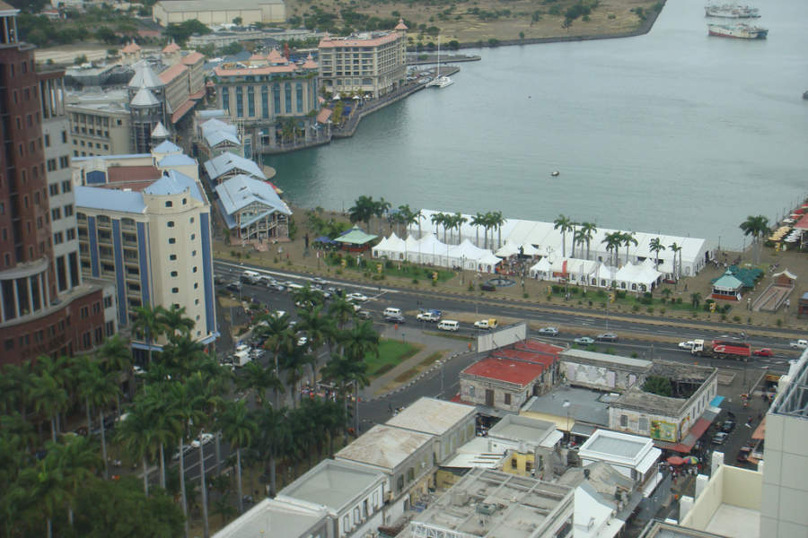 Vista de la bahía en Port Louis