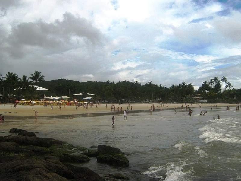 Turistas en la playa de Ilhéus
