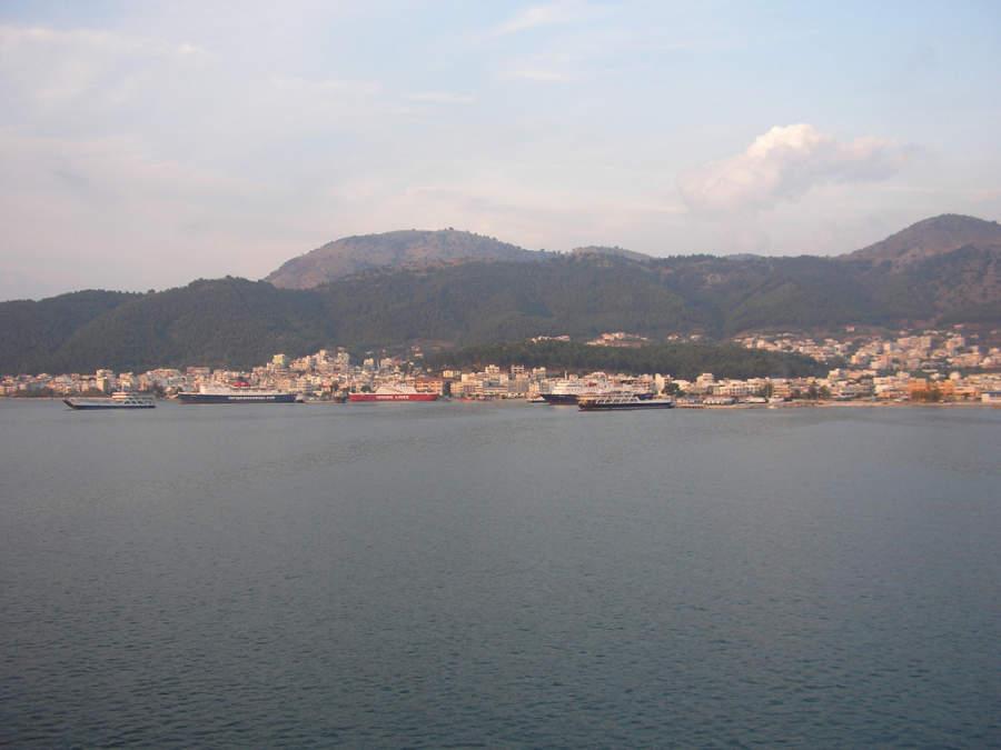 Barcos en el puerto de Igumenitsa