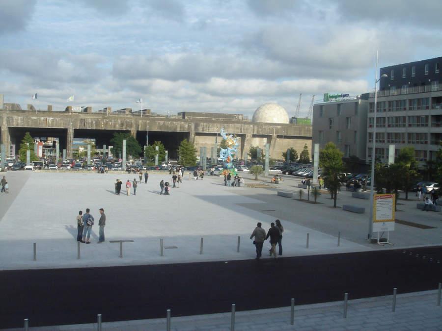 Place de l'Amérique Latine en Saint-Nazaire