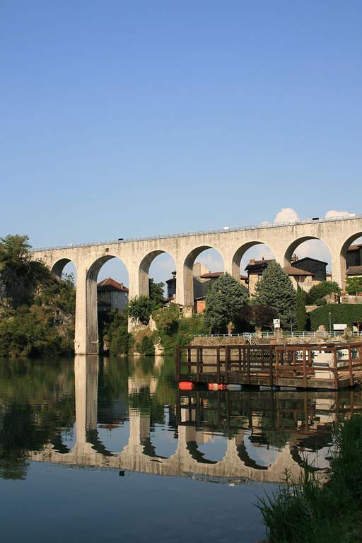 Acueducto de Sain-Nazaire