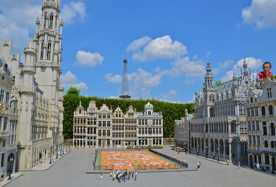 Mini-Europe, 350 maquetas con más de 80 ciudades europeas