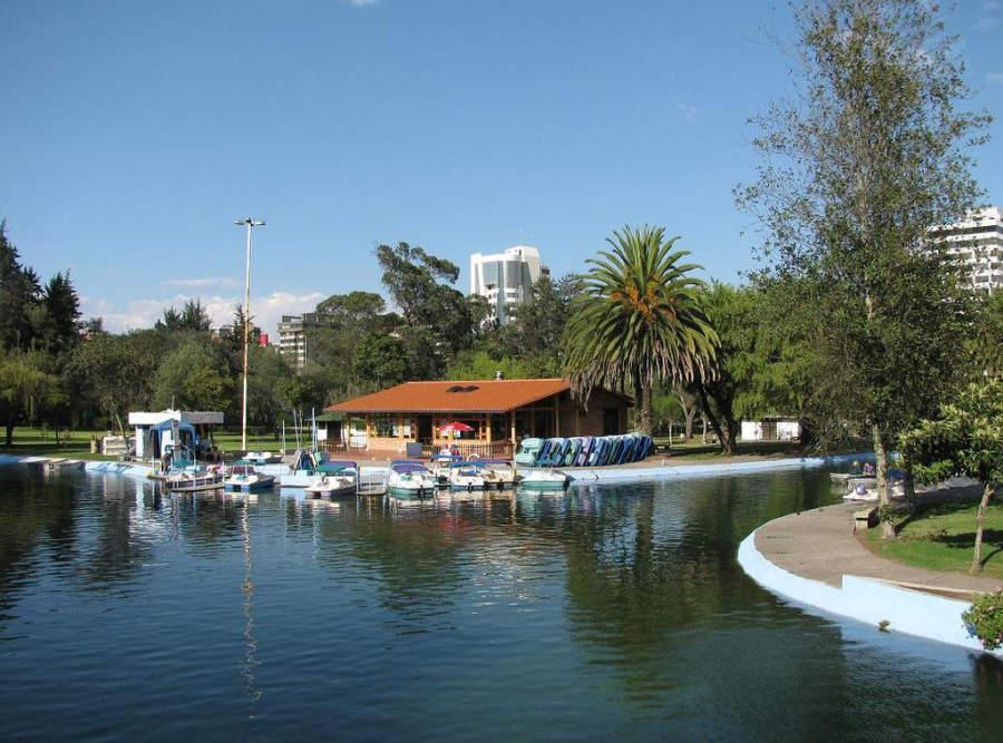 Laguna del Parque La Carolina