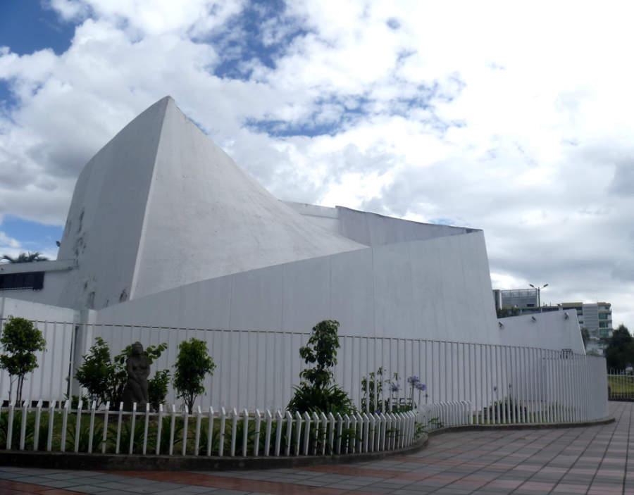 Teatro Promoteo, Casa de la Cultura Ecuatoriana