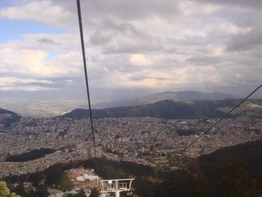 Vista panorámica de Quito desde el teleférico