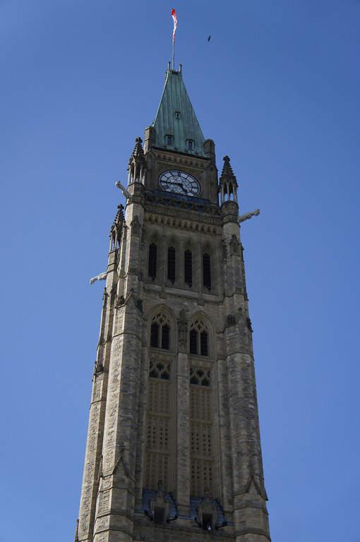 Peace Tower, famosa torre de reloj en la Colina del Parlamento