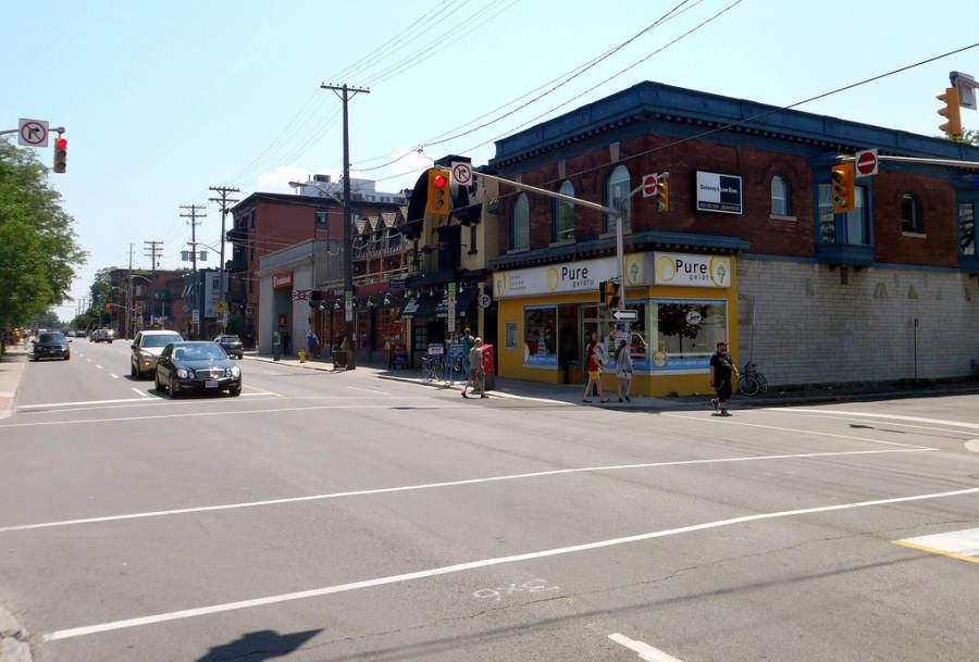 Una avenida en la ciudad de Ottawa